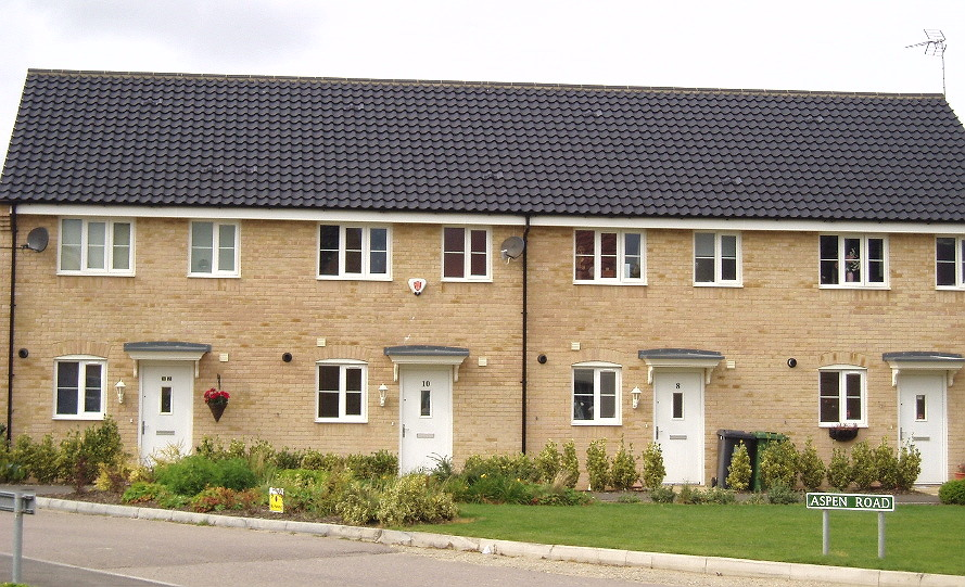 Average uk family home shrinks 2 per cent in a decade for New home blog