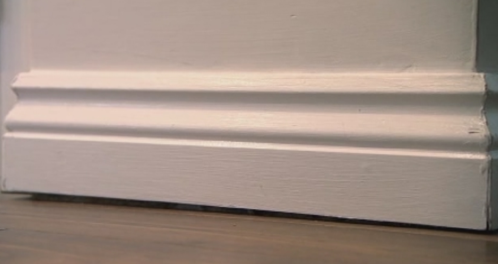 Gap Under Skirting